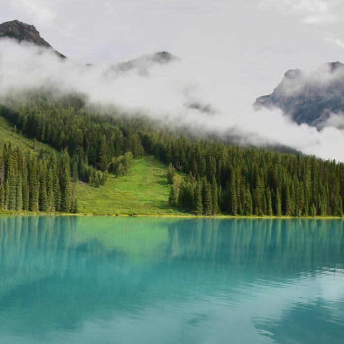 lake-1951519_1920